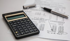 finances-and-calculator